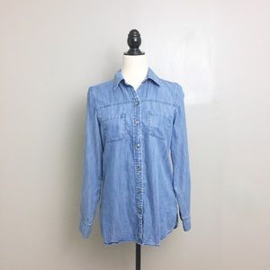 Foxcroft Blue Chambray Fitted Fit Button Down